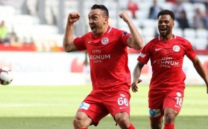 Galatasaray'da Mevlüt Erdinç kararı: Bonservisini al gel