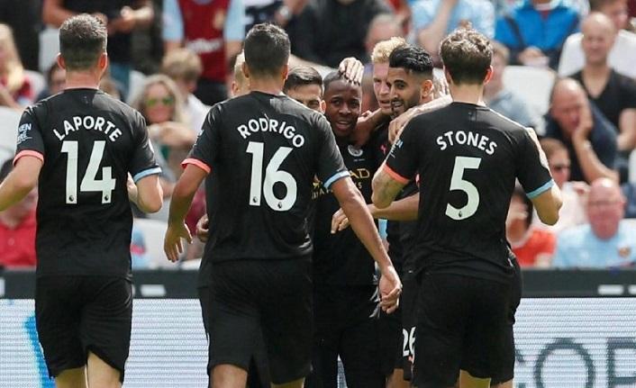 Manchester City farklı başladı!