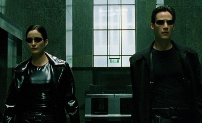 Matrix 4, resmen Keanu Reeves ile geliyor