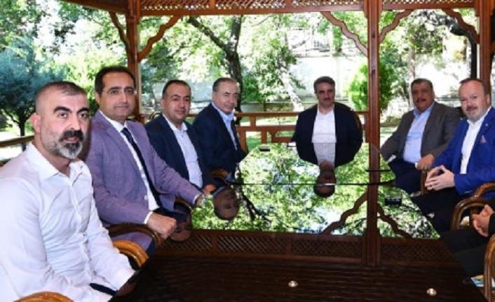 BtcTurk Yeni Malatyaspor Yönetimi'nden dostluk yemeği