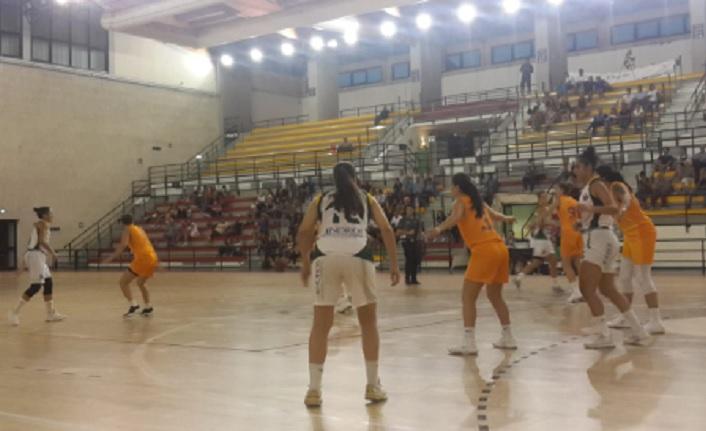 Palermo Basket 75 - 83 Galatasaray