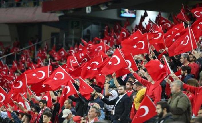Biz bitti demeden bitmedi! Son dakikada kazandık! Türkiye 1 - 0 Arnavutluk
