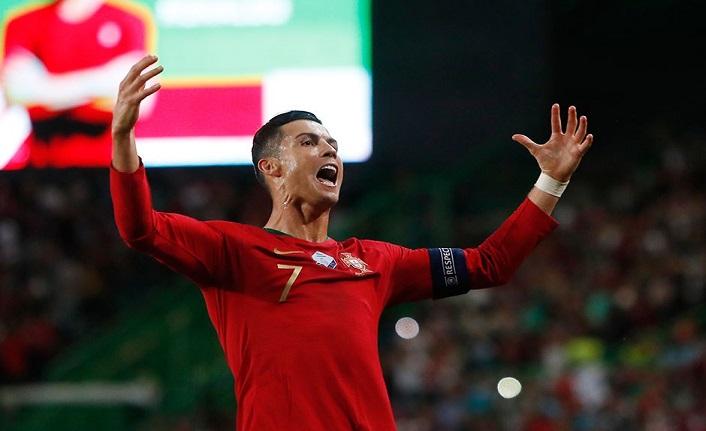 Cristiano Ronaldo: Lionel Messi ile aramızdaki rekabet bizi daha iyi oyuncu yaptı