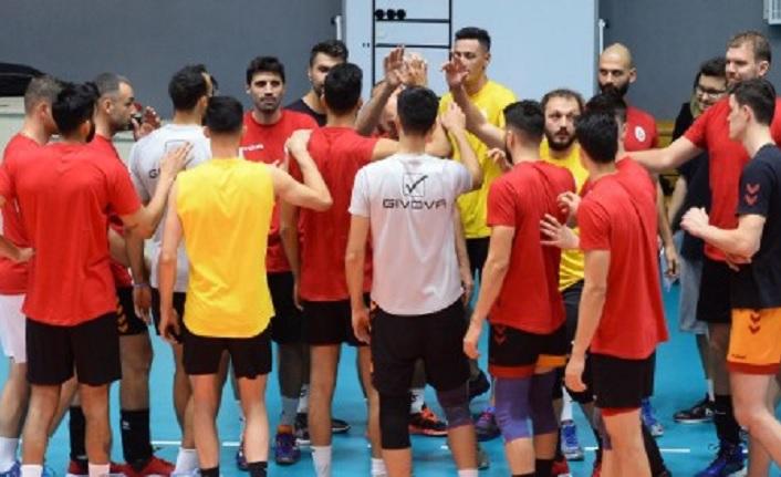 Galatasaray HDI Sigorta 3-0 Bursa Büyükşehir Belediyespor