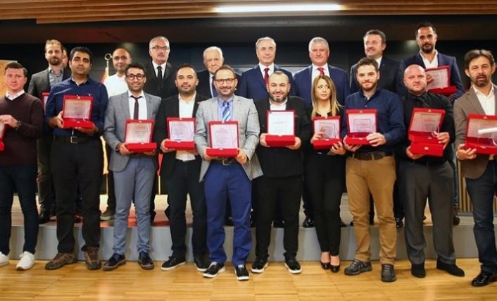 17. Sarı Kırmızı Kareler ödül töreni düzenlendi