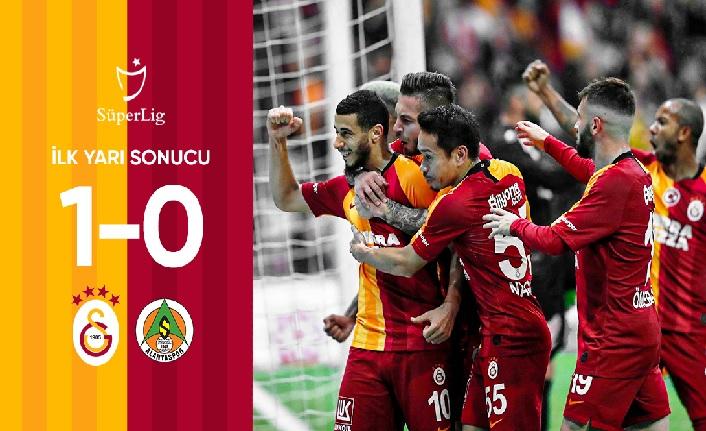 İlk yarı sonucu: Galatasaray 1-0 Aytemiz Alanyaspor