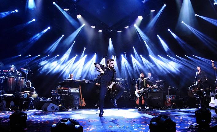 Zürih, Megastar Tarkan'ın şarkıları ile ısındı