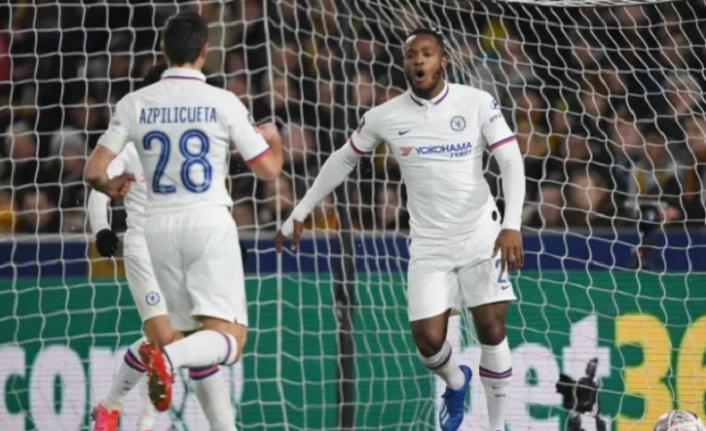 Chelsea kupada takılmadı: 2-1