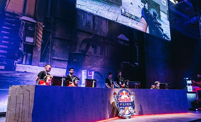 CS:GO Red Bull Flick'te elemeler devam ediyor