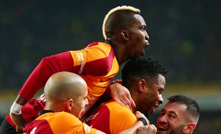 Galatasaray'da hem öteleme hem indirim kararı