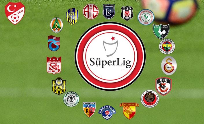 İhtiyar kurtlar sahnesi; Süper Lig