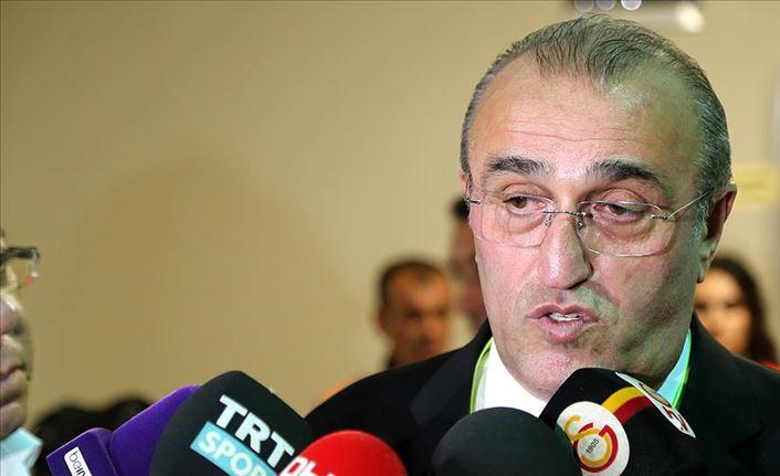 Abdurrahim Albayrak: Bizi aşağıya çekmek için dönen dolapları gördük