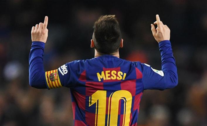 """Arjantin Devlet Başkanı, Messi'ye seslendi: """"Geri dön!"""""""