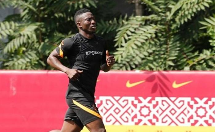 Galatasaray'da yeni transfer Etebo ilk idmanında