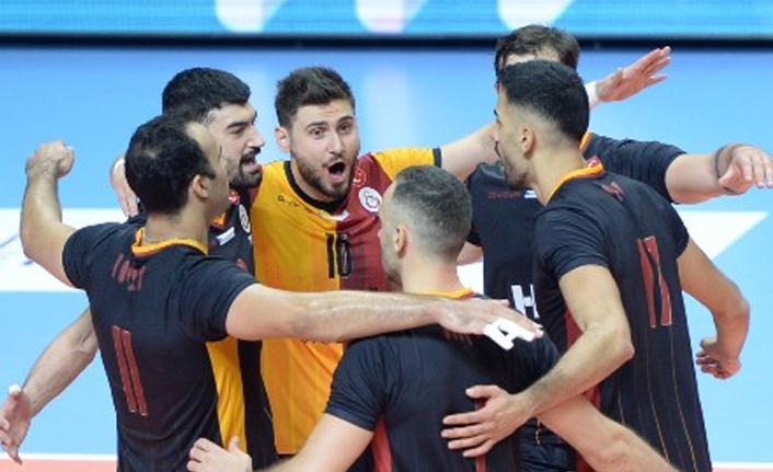 Arhavi Voleybol 1-3 Galatasaray HDI Sigorta