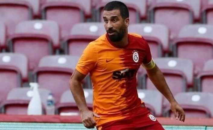 Galatasaray'da Arda Turan'a özel program