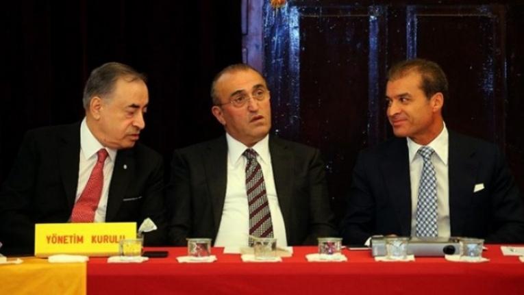 Galatasaray'da yönetim krizi: Albayrak, Günay'a patladı