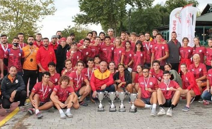 Genç Erkek ve Genç Kız Kürek Takımlarımız Şampiyon