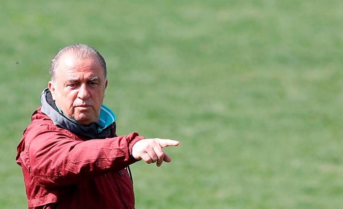 Fatih Terim'den futbolculara ev ödevi