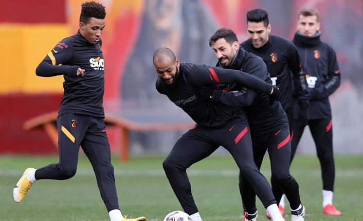Galatasaray, Mart ve Nisan'da tarih yazabilir!