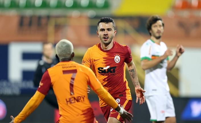 Galatasaray son 4 sezonun rekorunu kırdı