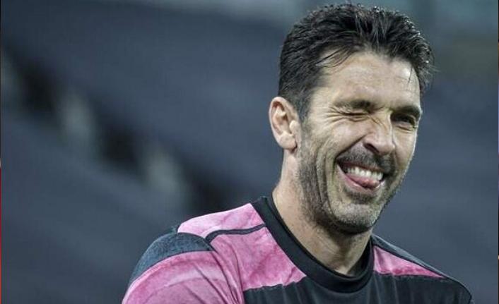 Buffon Parma'ya dönerek kariyerini bitirmek istiyor