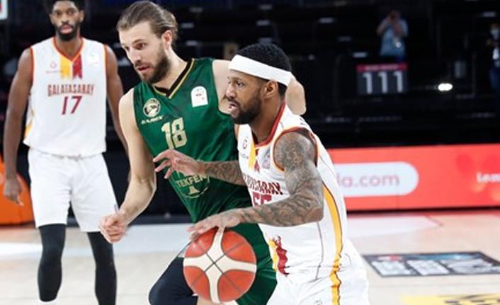Galatasaray, basketbolda düşme hattına geriledi