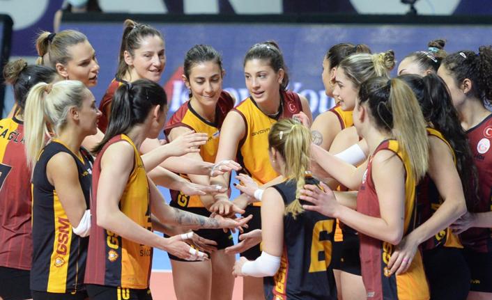 Şampiyonluk İçin   Galatasaray HDI Sigorta - Saugella Monza
