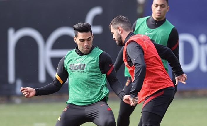 Mustafa Muhammed ve Radamel Falcao hazır!