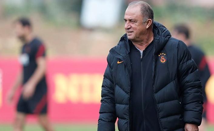 Fatih Terim, 2022'nin Galatasaray'ı için kolları sıvadı