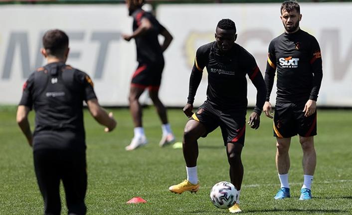 Galatasaray'da 8 forma garanti, 3 belirsiz