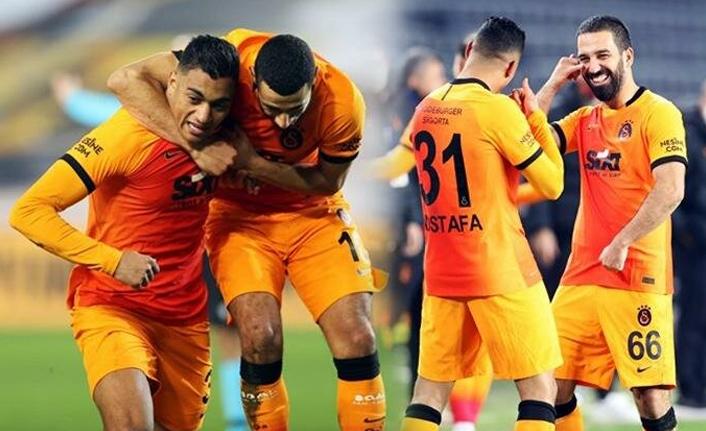 Galatasaray'da Mostafa Mohamed'e gol dersi