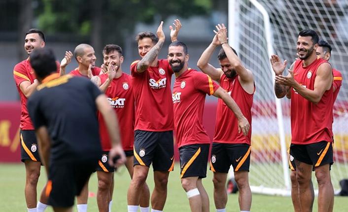 Galatasaray Transfer Gündemi ! Sponsporluk Çalışmaları! Kadir Çetinçalı Özel Haber!