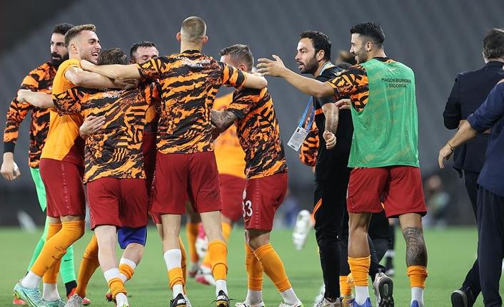 Galatasaray'da Radamel Falcao'ya bedel takım