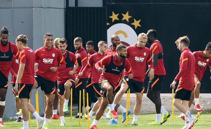Galatasaray'da kaptanlar dümene geçti!