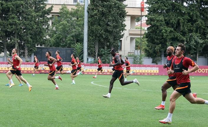 Galatasaray'ın yeni 6 numarası Aliou Dieng mi oluyor?
