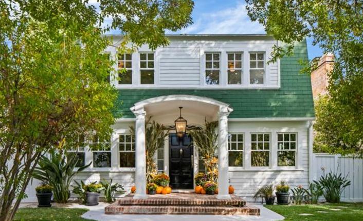 Elm Sokağı Kâbusu'ndaki ev satışa çıkarıldı