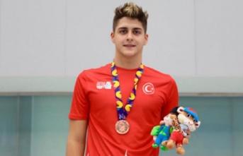 Bora Gülşen'den bronz madalya