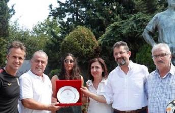 Galatasaray Futbol Akademisi'nden Metin Sarıbaş'a...
