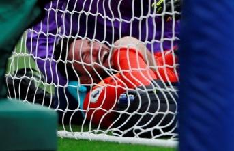 Tottenham kalecisi Hugo Lloris'in kolu kırıldı!
