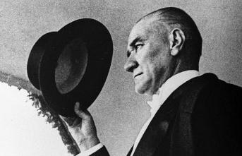 Atatürk hayata gözlerini kapadığı İstanbul'da...