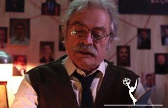 Emmy Ödülleri'nde en iyi erkek oyuncu ödülü...