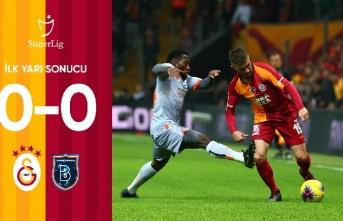 Galatasaray 0-0 Medipol Başakşehir (İlk yarı sona...