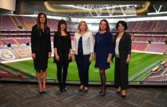 Kadın Yönetim Kurulu Üyeleri İş Birliği Yemeğinde...