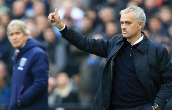 Mourinho, 10 ay sonra galibiyeti getirdi!