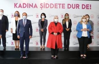"""""""Kadına Şiddete Dur De"""" projesinin basın..."""