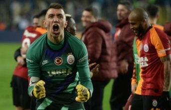 Galatasaray'da Fernando Muslera sürpriz peşinde