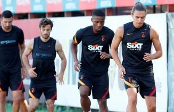 Galatasaray'ın savunması, 'sudan ucuz'