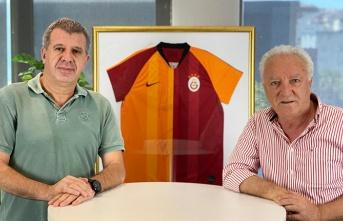 Transferde Sıcak Gelişme, Fatih Terim'den kampa sürpriz isimler! Galatasaray Gündem Özel!