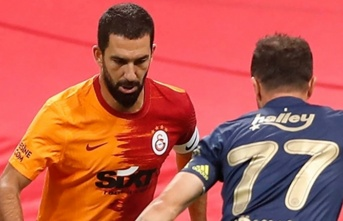 """Arda Turan: """"Galatasaray formasını giydiğim her an benim için çok değerli"""""""
